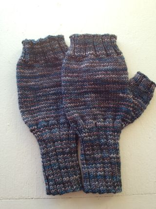 Fingerless mitts mal