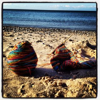 Knitting swimming